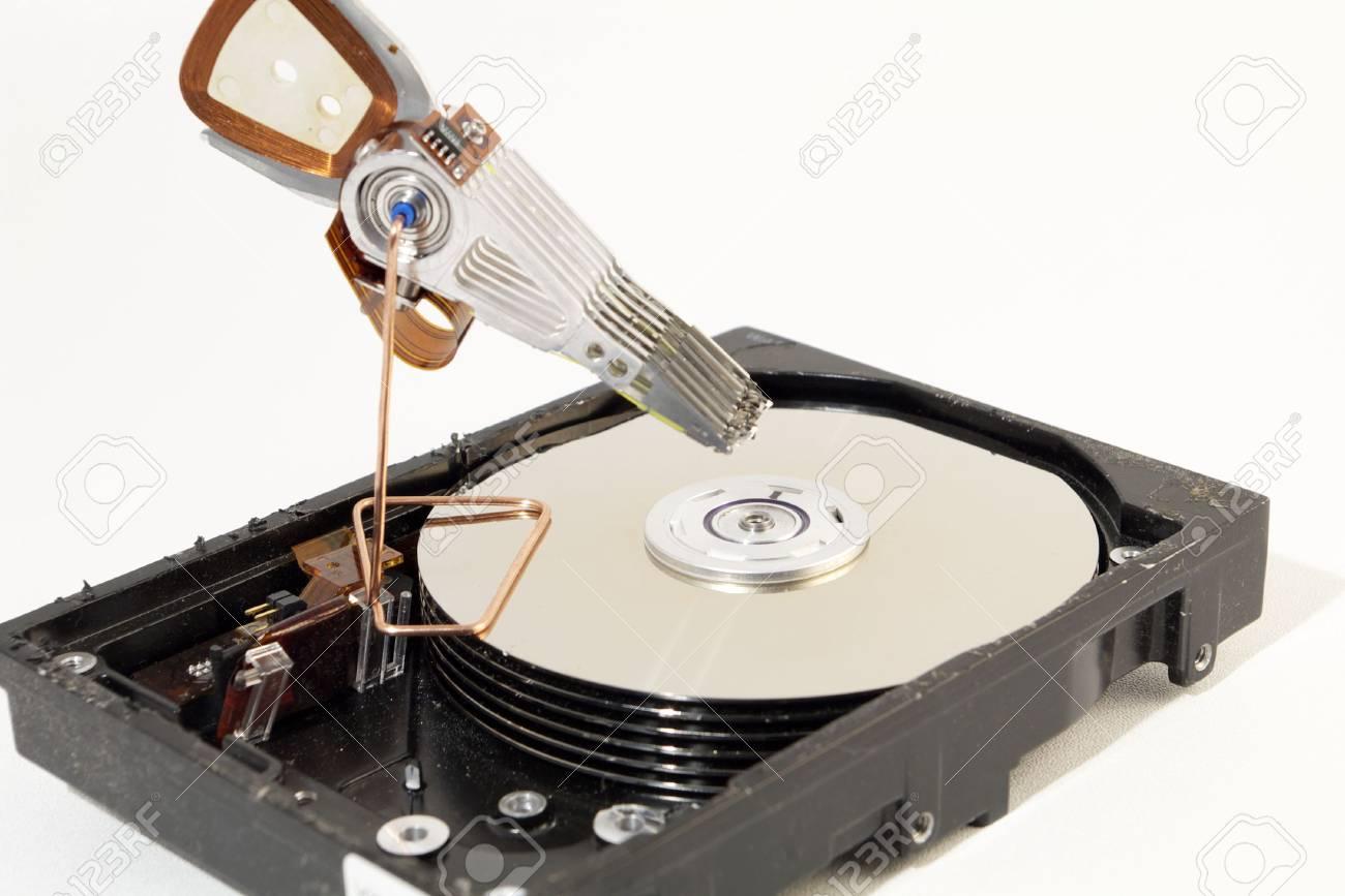 تعمیر هارد ، ریکاوری هارد ، بازیابی اطلاعات هارد